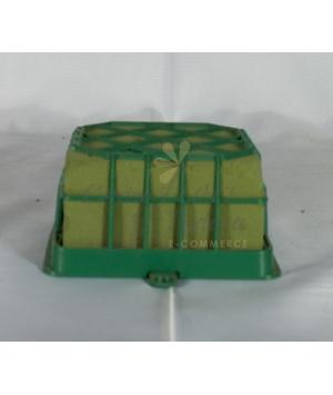 spugna con gabbia plastica
