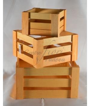 Cassetta di legno quadra colorata